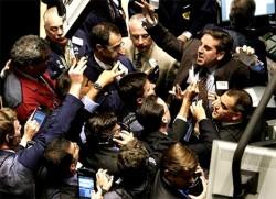 В биржевой яме Нью-Йоркской фондовой биржи (NYSE)